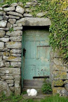 19Old-Doors-